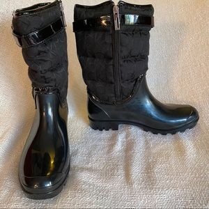 Calvin Klein - Black rubber sole boots